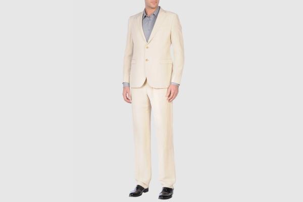 Armani Collezioni Beige Linen Suit Armani Collezioni Beige Linen Suit