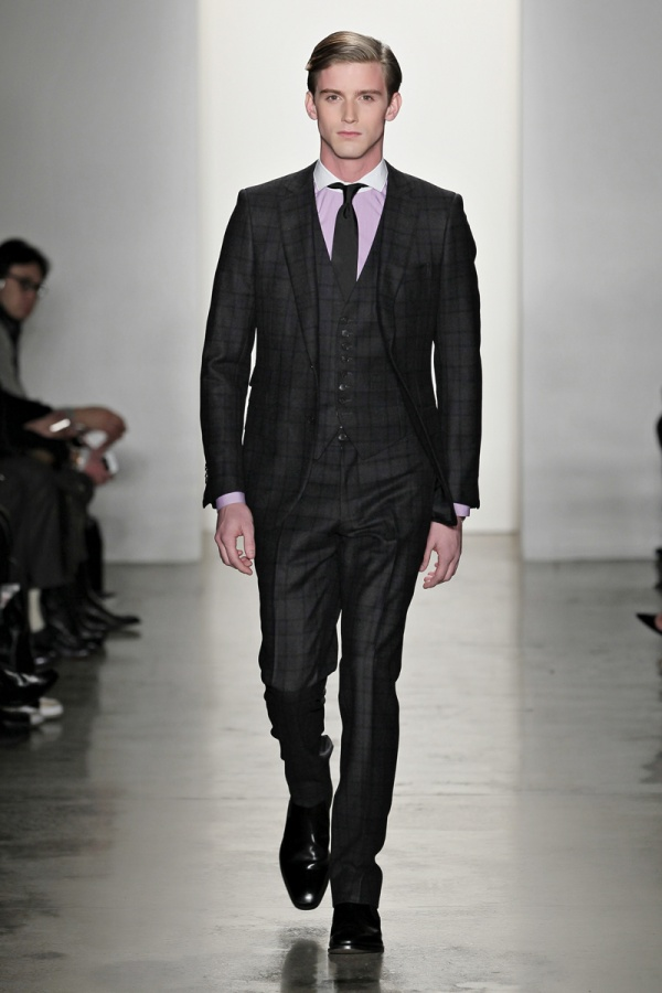 Look 01 SIMON SPURR Autumn/Winter 2012 Collection at NYFW