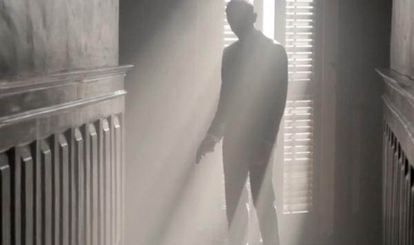 Dressing 007 James Bond Skyfall Behing the Scenes Video Video: Dressing 007 Behind the Scenes of Skyfall
