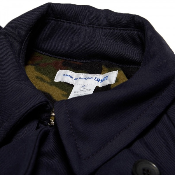 25 09 2013 commedesgarconsshirt camolinedtrenchcoat navy d3 Comme des Garcons SHIRT Trench Coat