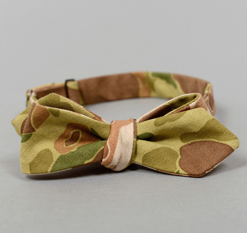 BTN 062 L3 The Hill Side Reversible Camouflage Twill Herringbone Bowtie