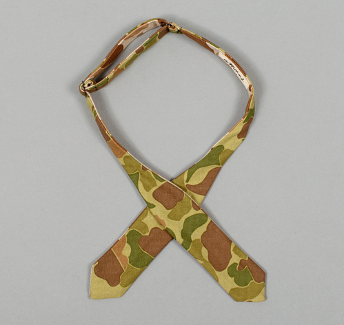 BTN 062 L4 The Hill Side Reversible Camouflage Twill Herringbone Bowtie