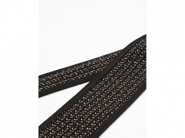 hill side colimbo tie 03 630x472 The Hill Side x Colimbo Sporting Goods Limited Edition Necktie