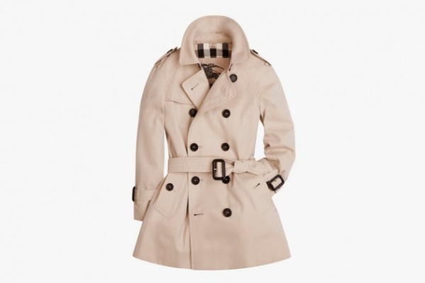 Burberry Heritage Trench Coat Collection 07 630x420 Burberry Introduces Heritage Trench Coat Collection