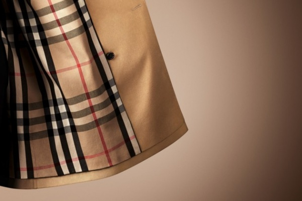 Burberry Heritage Trench Coat Collection 08 630x420 Burberry Introduces Heritage Trench Coat Collection